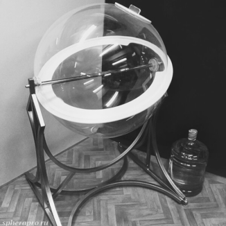 Напольный лототрон с вместительным сферическим барабаном объемом 260 литров