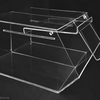 Удобная крышка витрины из оргстекла (2 секции)